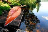 Canoe lake — Stock Photo