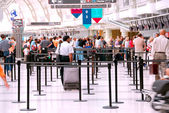 аэропорта толпы — Стоковое фото