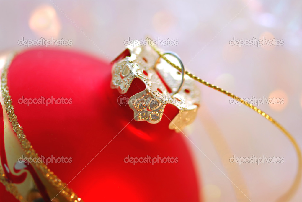 Closeup of red christmas tree ornament glass ball — Foto de Stock   #4948941