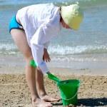 Girl play beach — Stock Photo #4954172