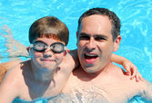 Father son pool — Stock Photo