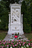 Schubert's grave — Stock Photo