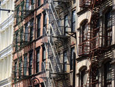Tenement in Manhattan — Stock Photo