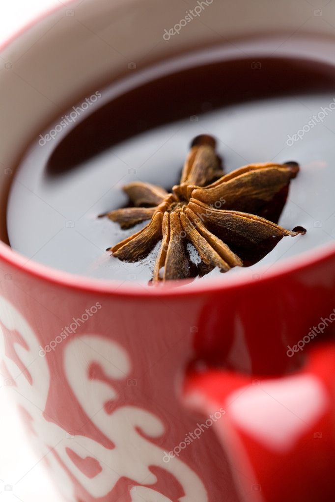 Christmas glogg, mulled red wine, with aniseed — Stock Photo #3155069