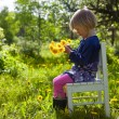Little girl with dandelions — Lizenzfreies Foto