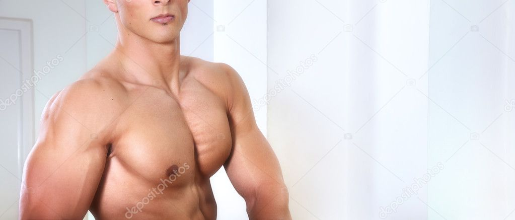 Athletic man with six-pack abs — Stock Photo #3135314
