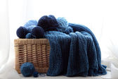 Threads in basket — Stock Photo