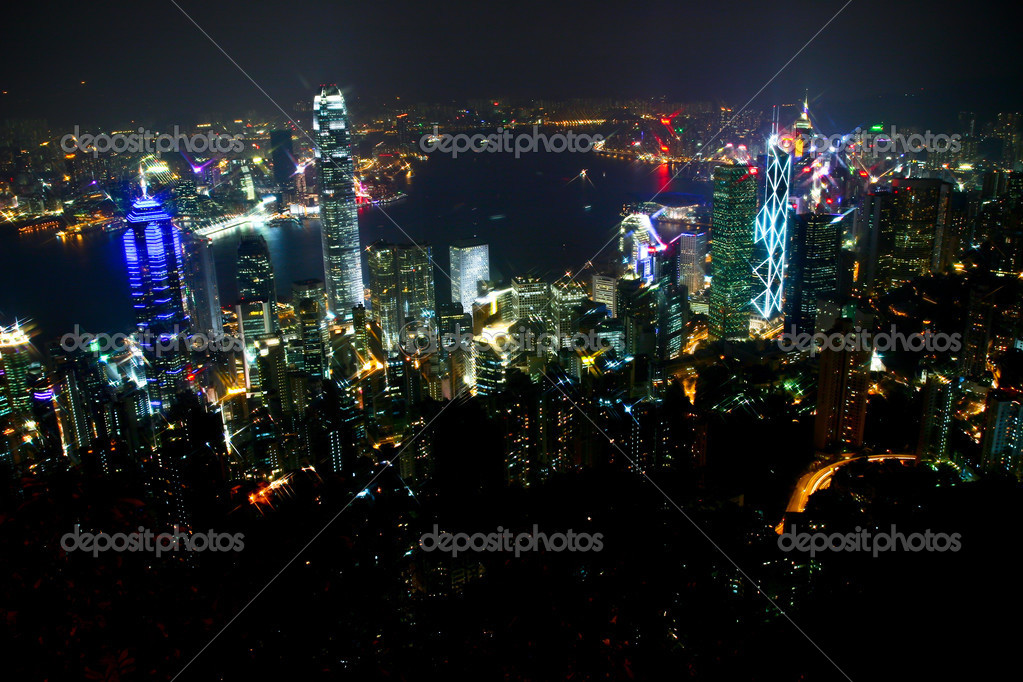 Night scene in Hong Kong Island and Kowloon side — Stock Photo #3150951
