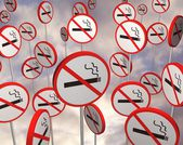 No smoking signs — Stockfoto