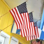 Фронт магазина с американским флагом — Стоковое фото #3158500