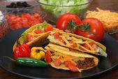 Tacos con ingredientes — Foto de Stock