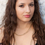 Portrait of a brunette — Stock Photo #3514172
