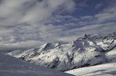 Montañas y nieve — Foto de Stock