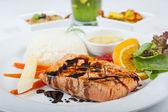 стейк из лосося меню a la carte — Стоковое фото