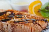 三文鱼扒点菜 — 图库照片