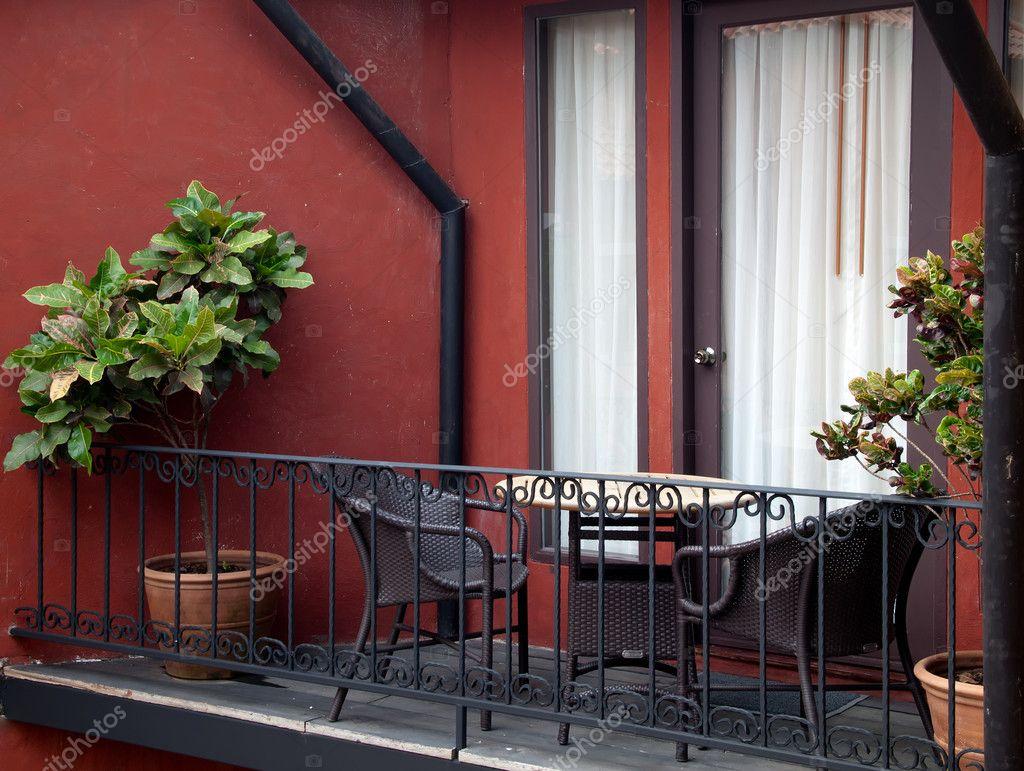 Интерьер испанского балкона. - оригинальные балконы - катало.