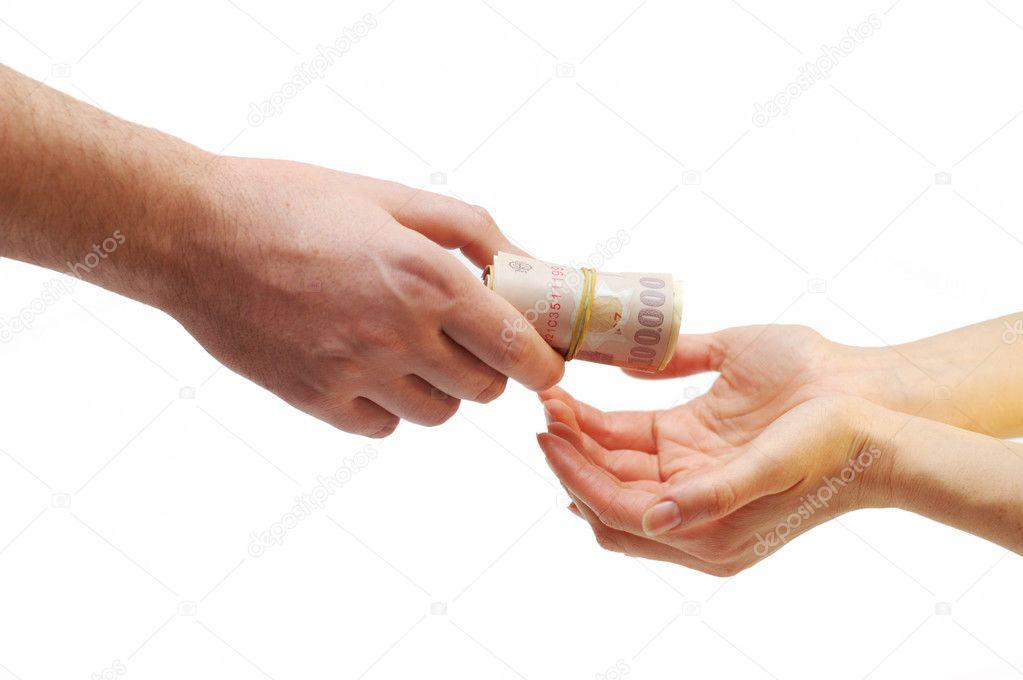 Выдать со своих рук