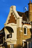 Balkong mot blå himmel — Stockfoto