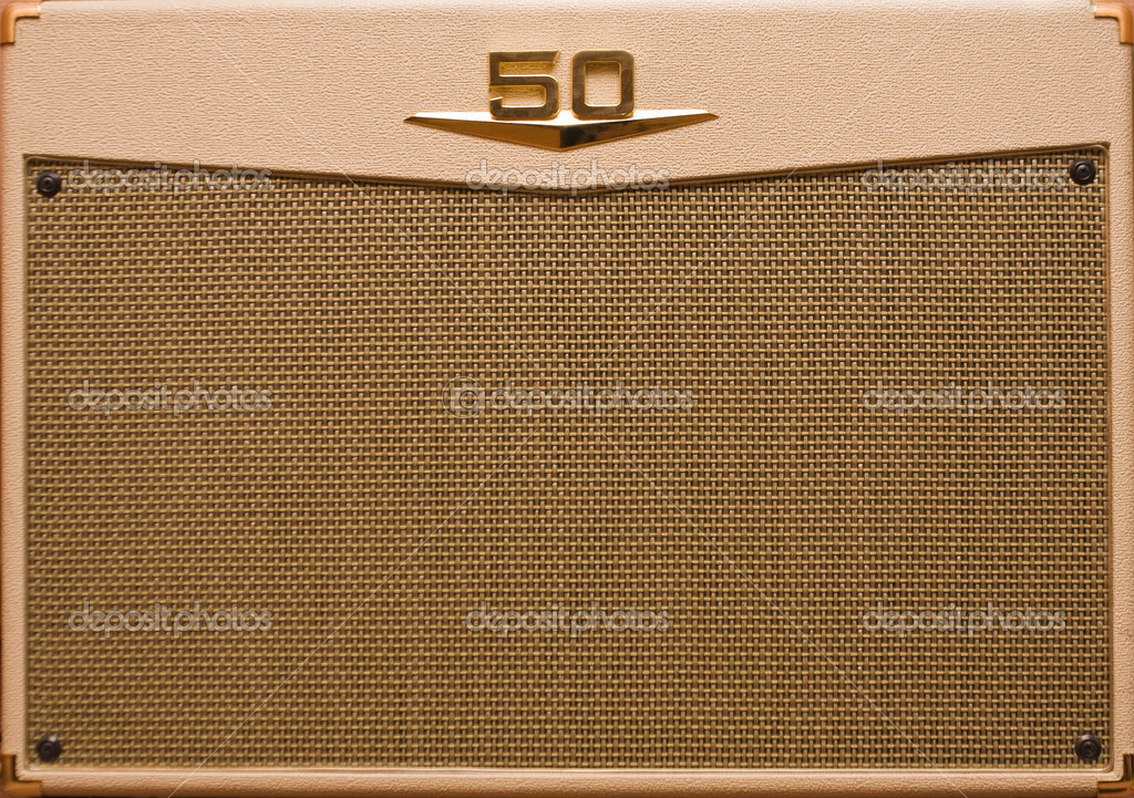 Retro vintage guitar amp — Stock Photo #3206165