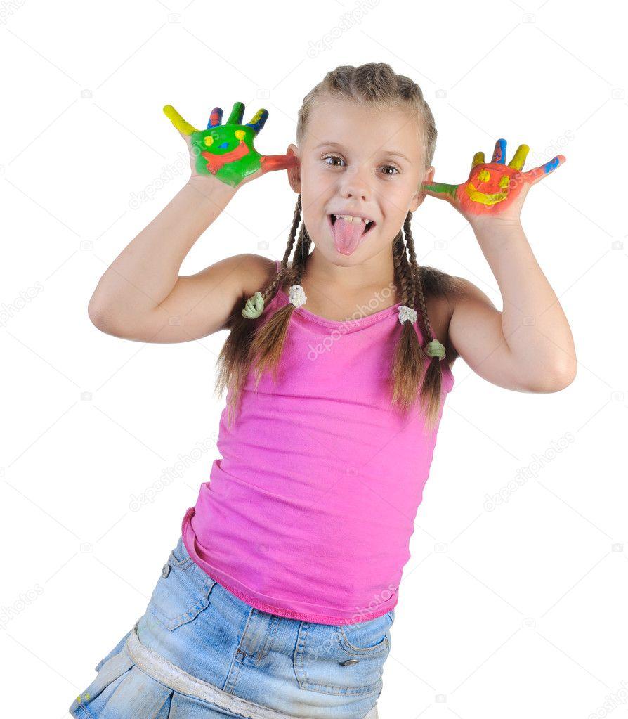 Фото девочка показывает язык 13 фотография