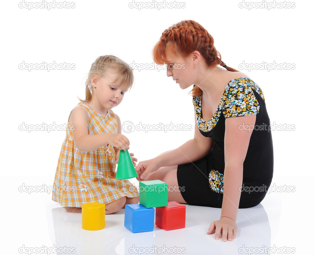 Funny little girl with her mother. Isolated on white background — Stock Photo #3931162