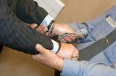賄賂フロントで拘禁されています。 — ストック写真