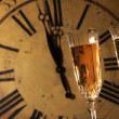 Celebrating New Years with glasses of champagne - Stockfoto