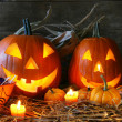 Foto Stock: Scarved jack-o-lanterns