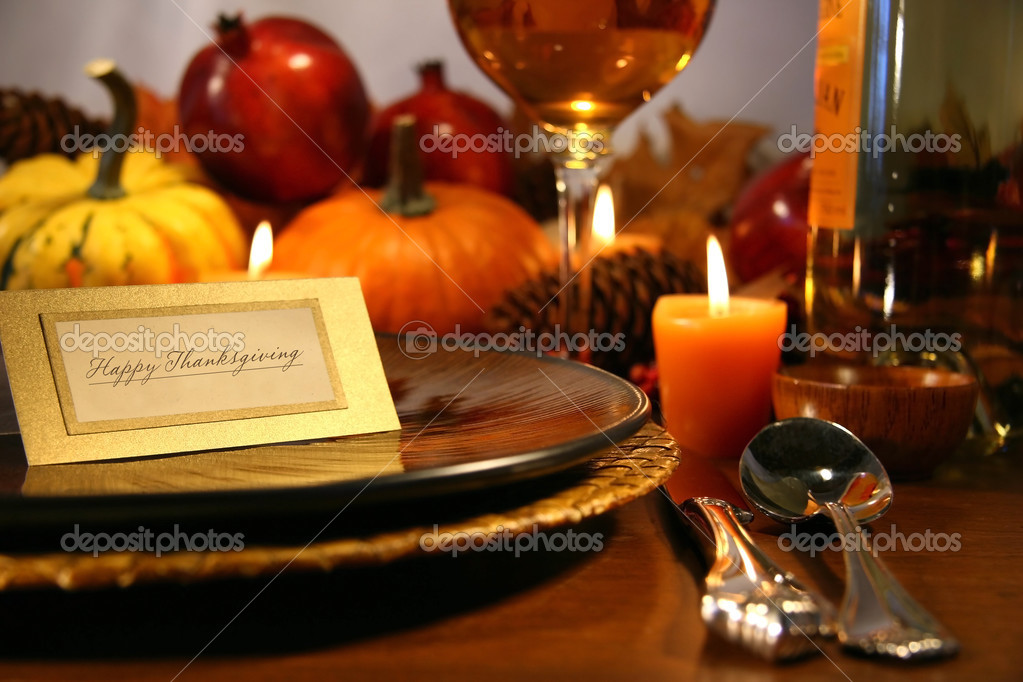 Place seeting ready for Thanksgiving — Stockfoto #3300100