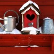 Old red birdhouse — Foto Stock