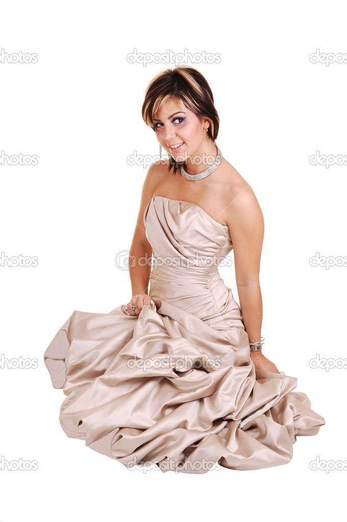 Innovative Beauty Woman Holds Her Dress Up With A Hand Stock Photo - Image 33658414