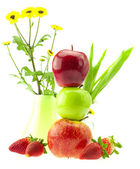 Apples, strawberries and flowers isolated on white — Stock Photo