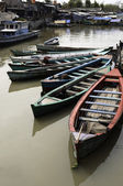 Boats in Jakarta slum — Stock Photo