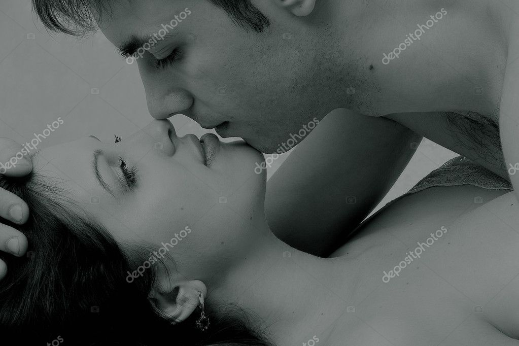 Couple cuddling — Stock Photo #3264821
