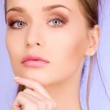 Lovely woman — Stockfoto #3377326