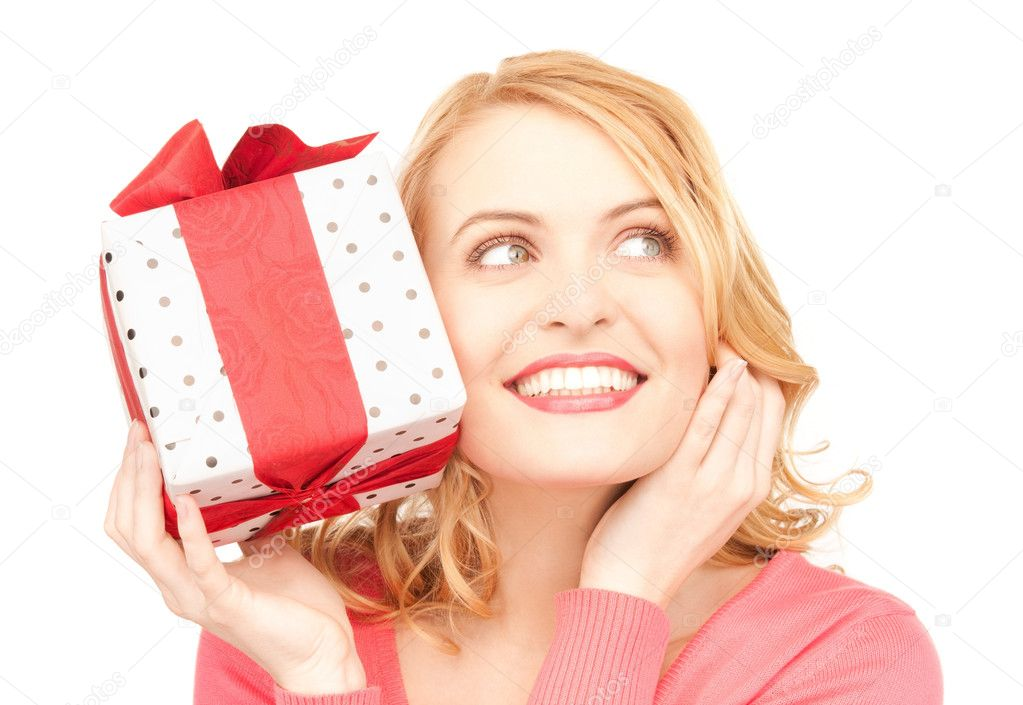 Happy woman with gift box over white — Stock fotografie #3636156