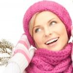 Beautiful woman in winter hat — Stock Photo #4256376