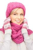 Beautiful woman in winter hat — Stock Photo
