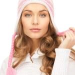 Beautiful woman in winter hat — Stock Photo #4355892