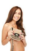 素敵な女性の小さなハンドバッグ — ストック写真