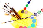 Fırçalar ve boya — Foto de Stock