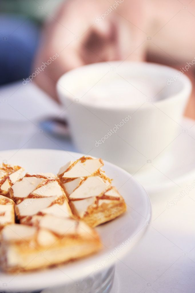 Delicious cake and coffee — Stock Photo #4442672
