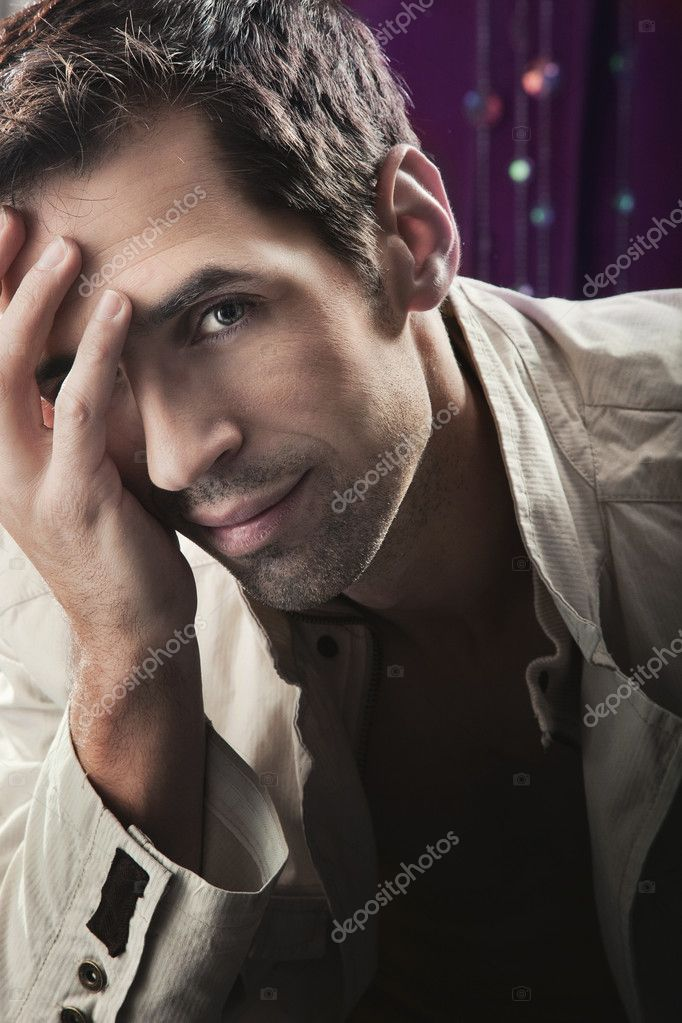 Glamour style photo of an attractive man  — Stock Photo #4524317