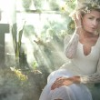 Romantic style photo of a gorgeous blond beauty — Stock Photo