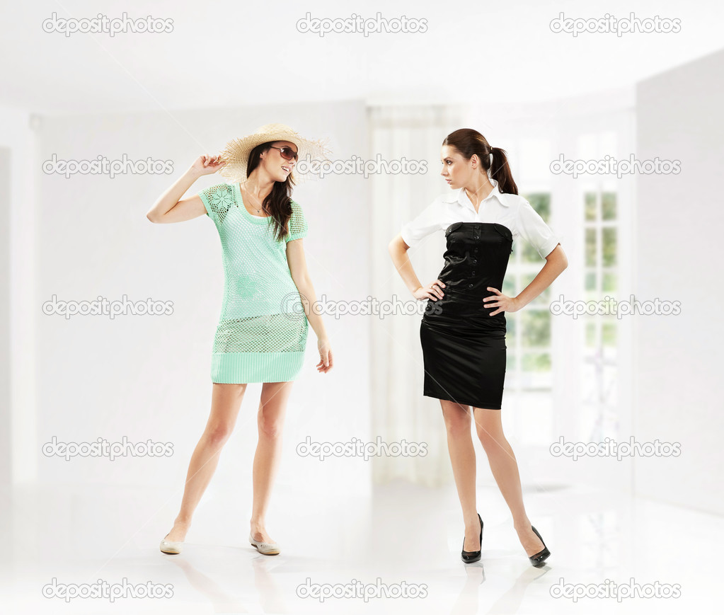 Woman at work vs woman on vacation  — Stock Photo #4580273