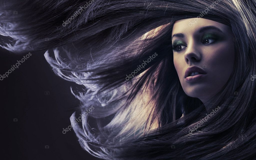 Portrait of a young woman with long hair  — Stock Photo #4596188
