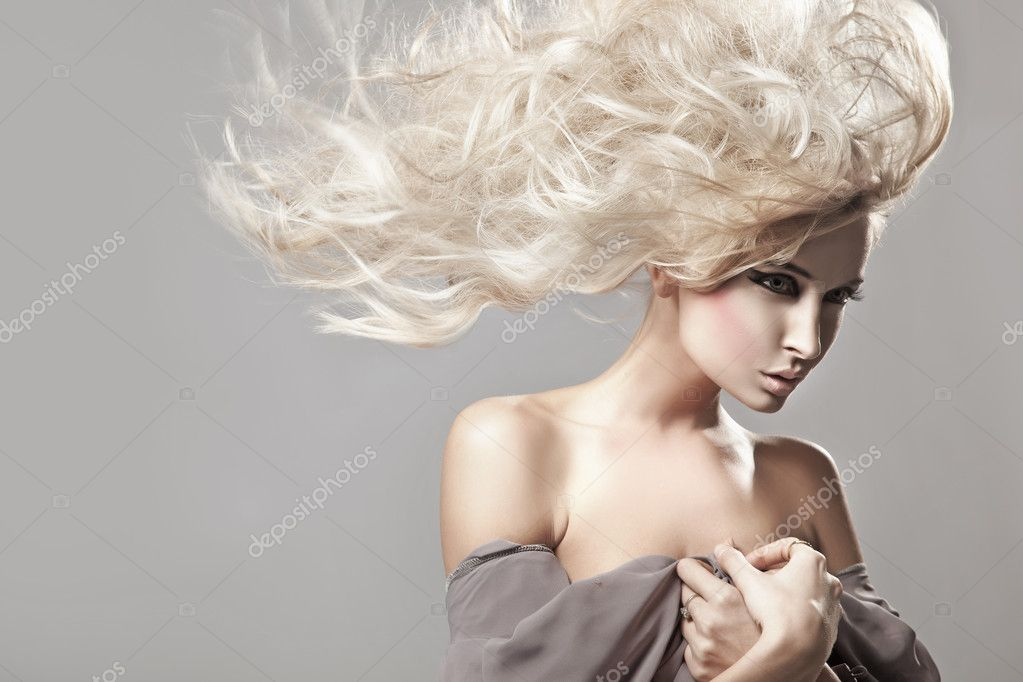 Portrait of a woman with long blonde hair   Stok fotoraf #4596956