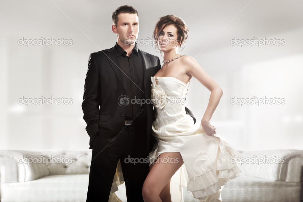 Fashion style photo of a cute couple — Stock Photo #4676687
