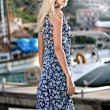 Attractive young woman near the yachts — Stock Photo #4967424