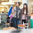 Foto Stock: Two woman shopping